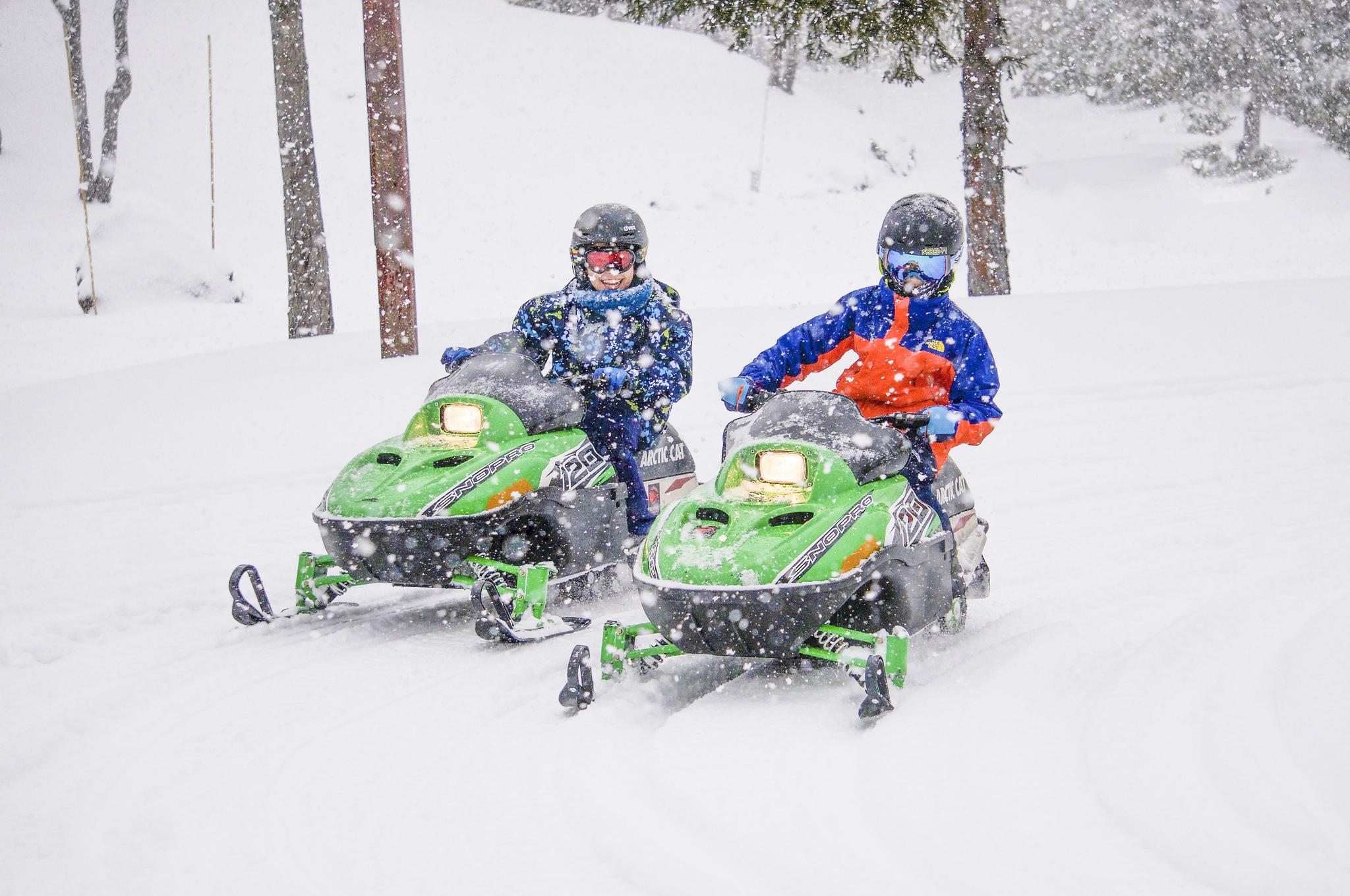 Hanazono kids snowmobiling
