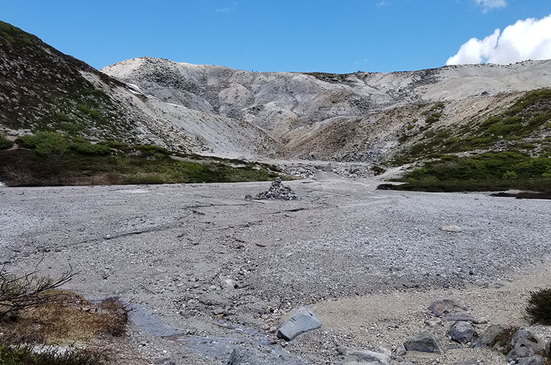 hiking mt iwaonupuri niseko japan