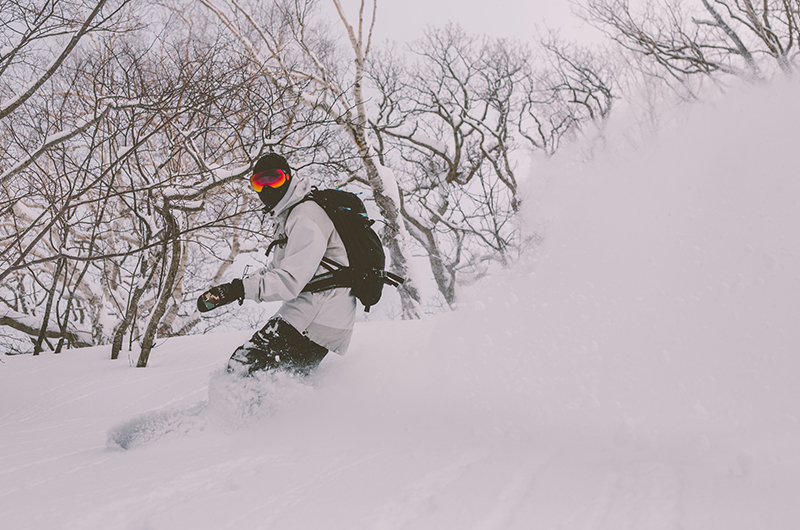 niseko united powder snowboarding