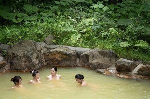 niseko grand hotel onsen hot spring