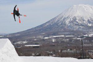 niseko grand hirafu spring park skiing