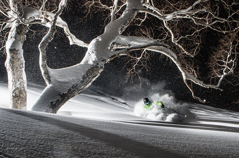 niseko united night skiing powder japow