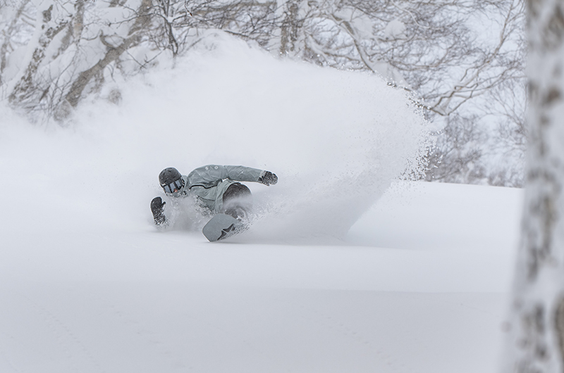 evan wilcox niseko japan snowboarding japow deep powder